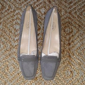 Talbots grey leather suede shoe